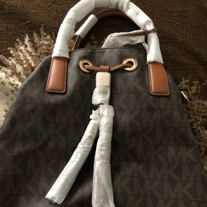 NWT Michael Kors Ring Tote Grommet Shoulder Bag